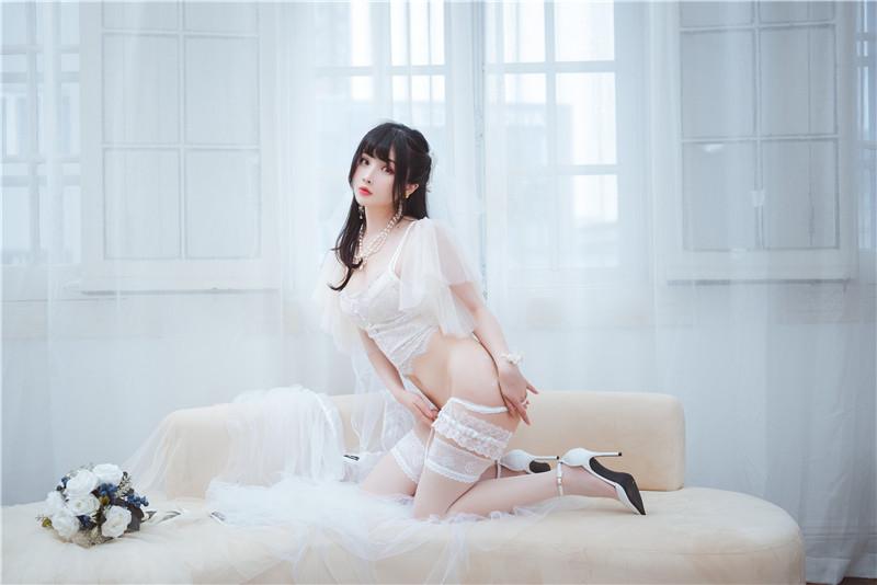 rioko凉凉子 – 透明婚纱 [39P]